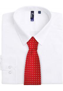 Cravate à motif carré