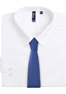 Cravate fine tricotée