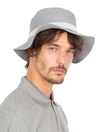 Chapeau à bords larges